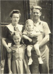 .Helen, Merle, Virginia and Rex.