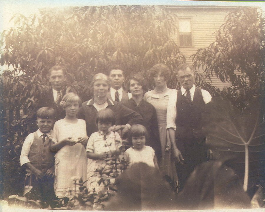 .Czerkas Family Photo about 1920.